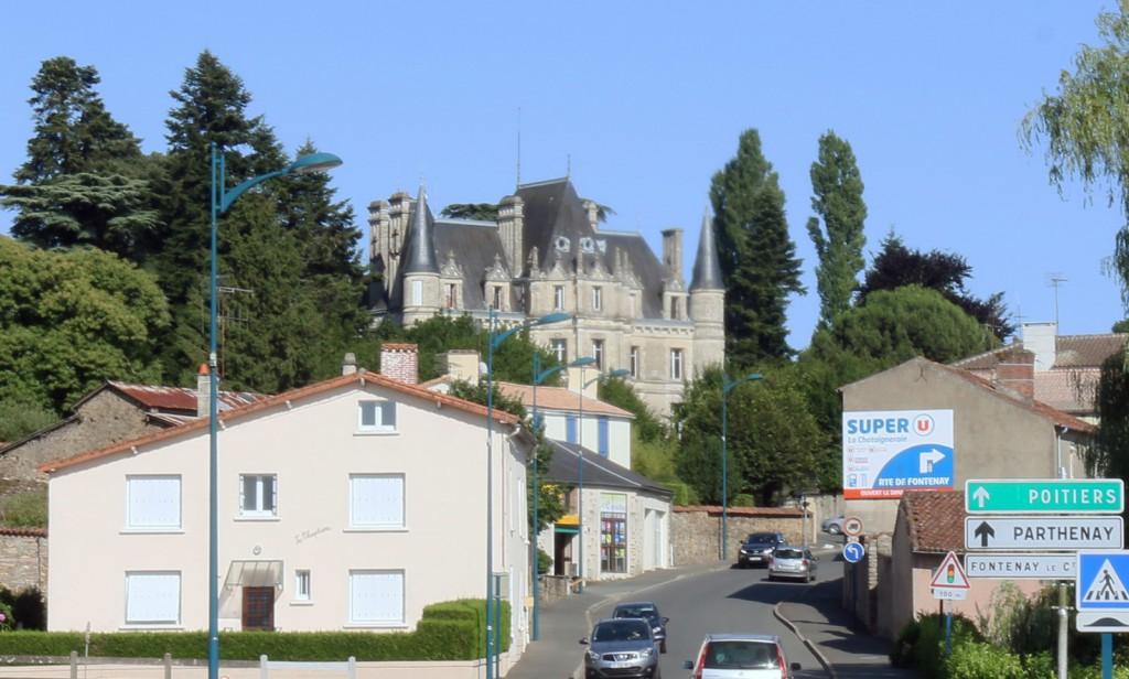 La ch taigneraie commune charg e d 39 histoire for Le pavillon de bailly