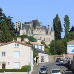 Château des Cèdres, Rue Clémenceau à la Tardière
